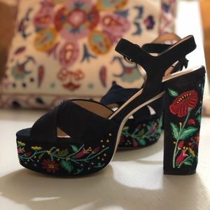 Club Monaco Shoes - Like new Club Monaco embroidered platform sandals